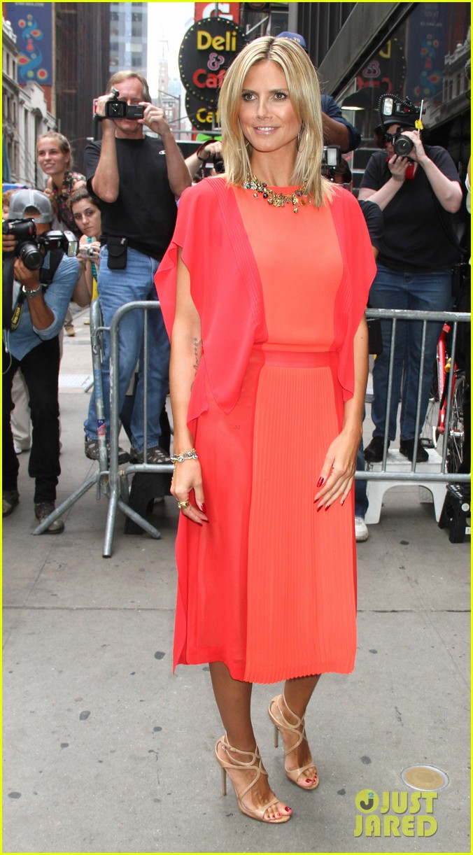 heidi klum christian siriano boutique opening 17