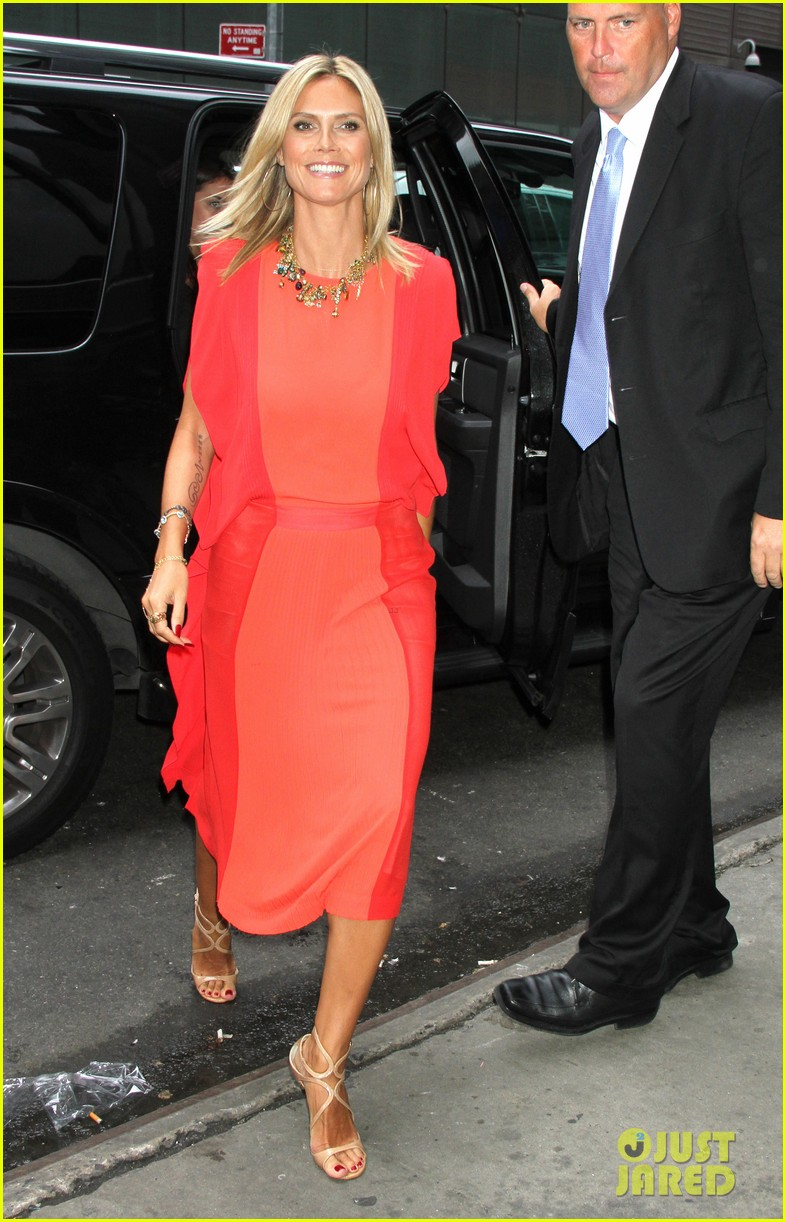 heidi klum christian siriano boutique opening 18