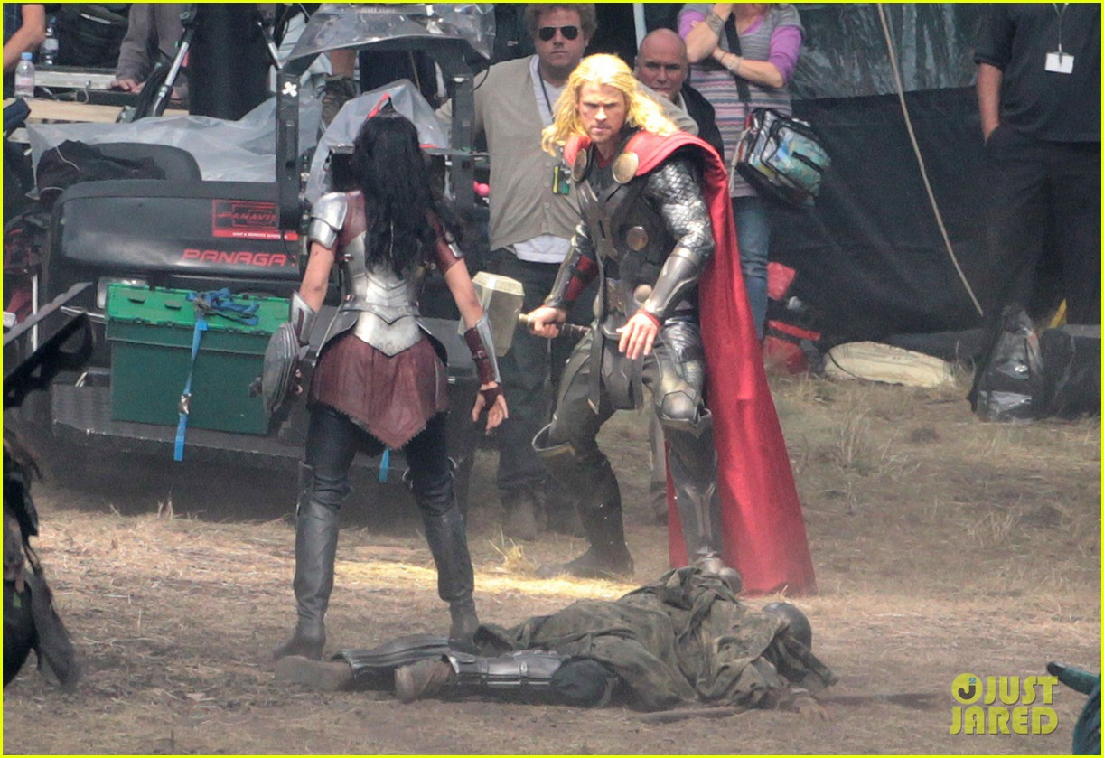 chris hemsworth thor 2 begins filming first set pics 10