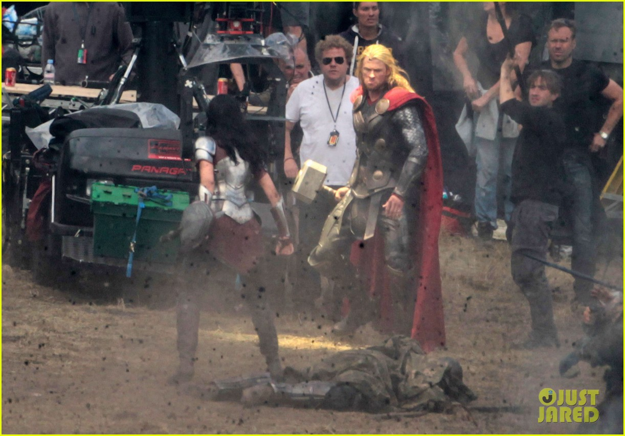 chris hemsworth thor 2 begins filming first set pics 15