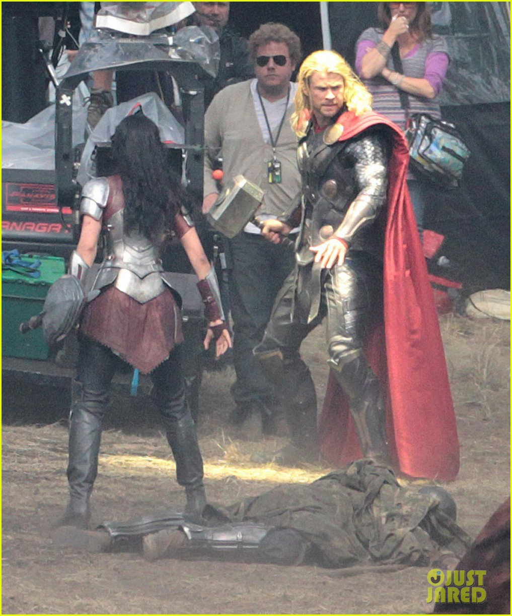 chris hemsworth thor 2 begins filming first set pics 322719401