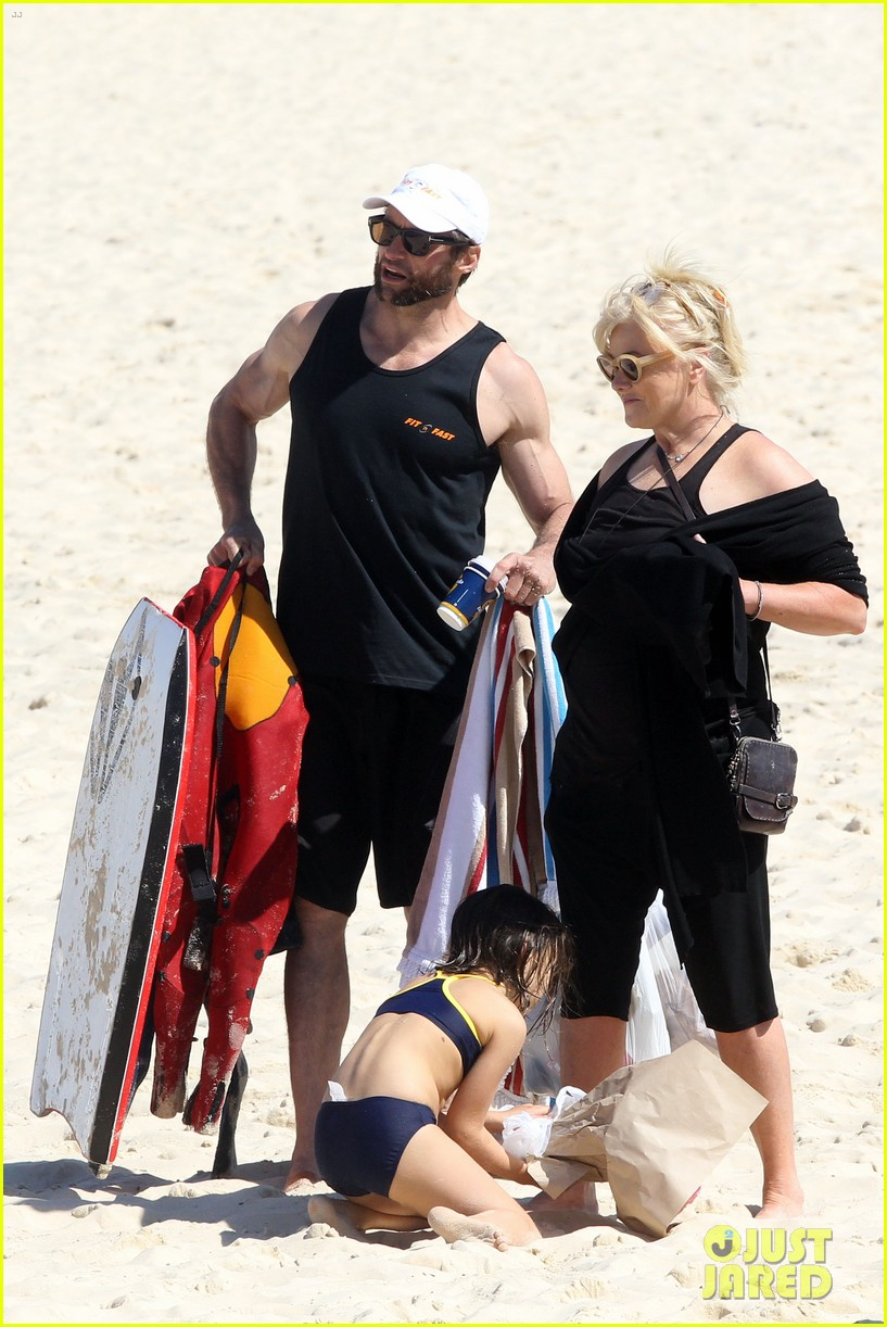 hugh jackman shirtless at bondi beach 05