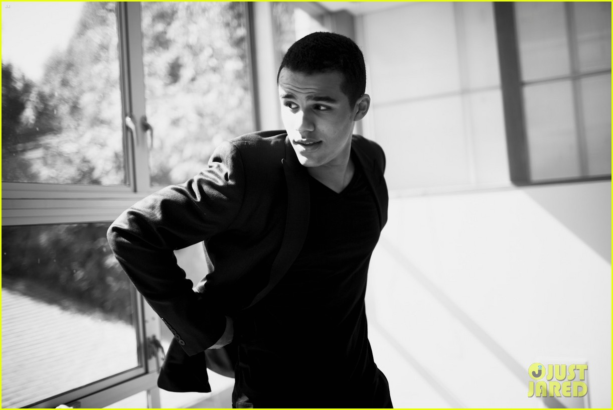jacob artist just jared photo shoot 022725348