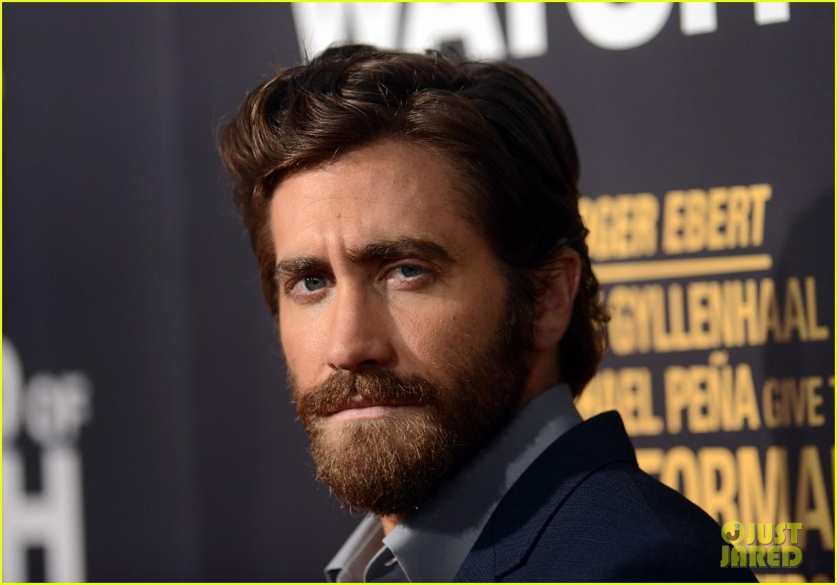 jake gyllenhaal anna kendrick end of watch premiere 06