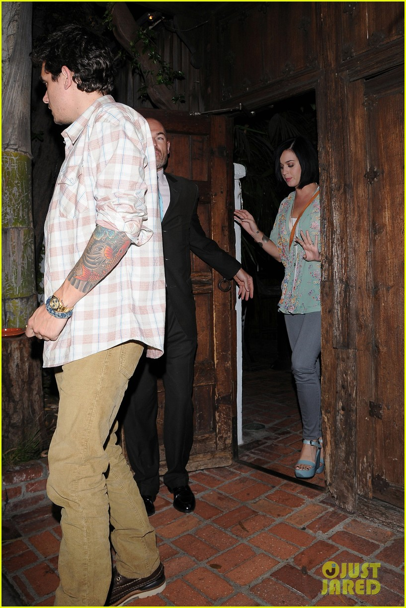 katy perry john mayer little door restaurant 17