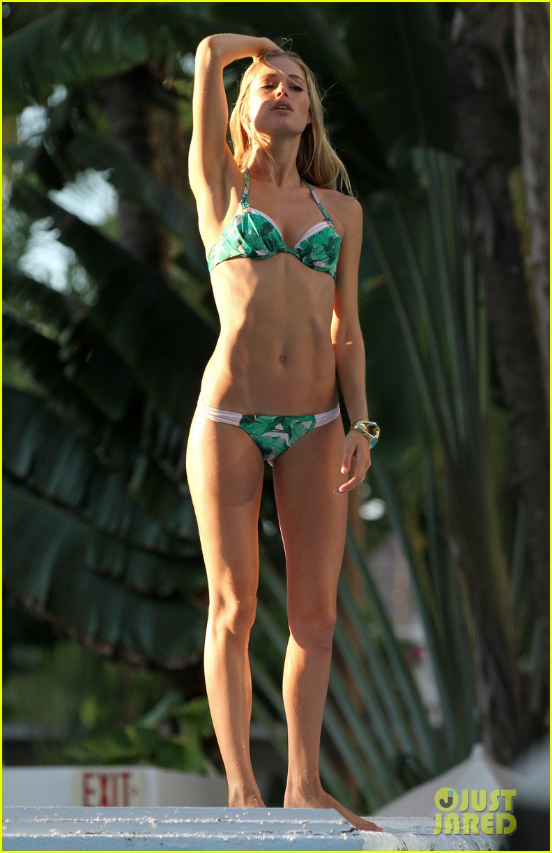 doutzen kroes bikini photo shoot 052721089