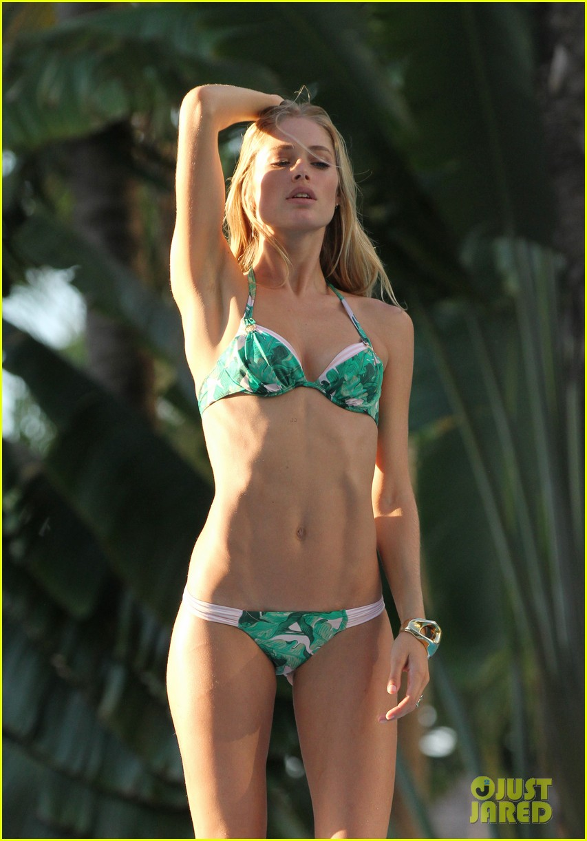 doutzen kroes bikini photo shoot 14