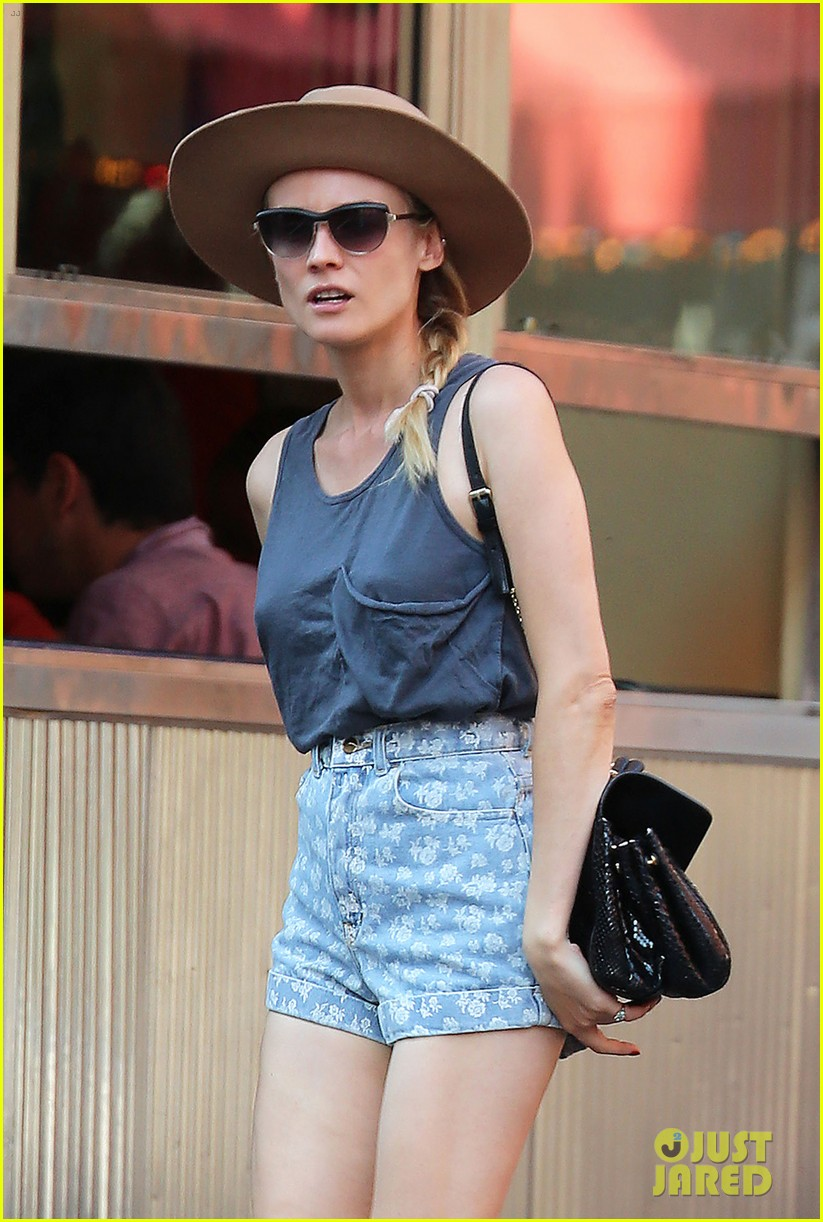 diane kruger shopping in soho 15