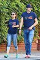 ashton kutcher mila kunis chicago bears couple 08