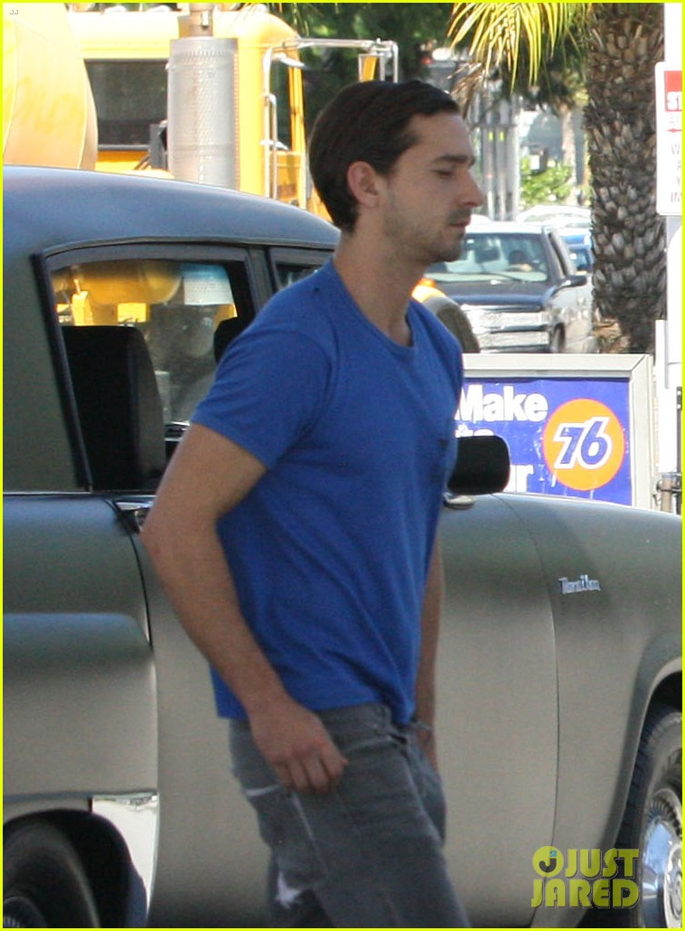 labeouf lunch 04