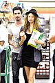 adam levine behati prinsloo stock up snacks 01
