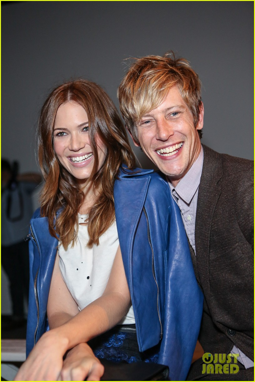 gabriel mann fashion fun with mandy moore and josh bowman 04
