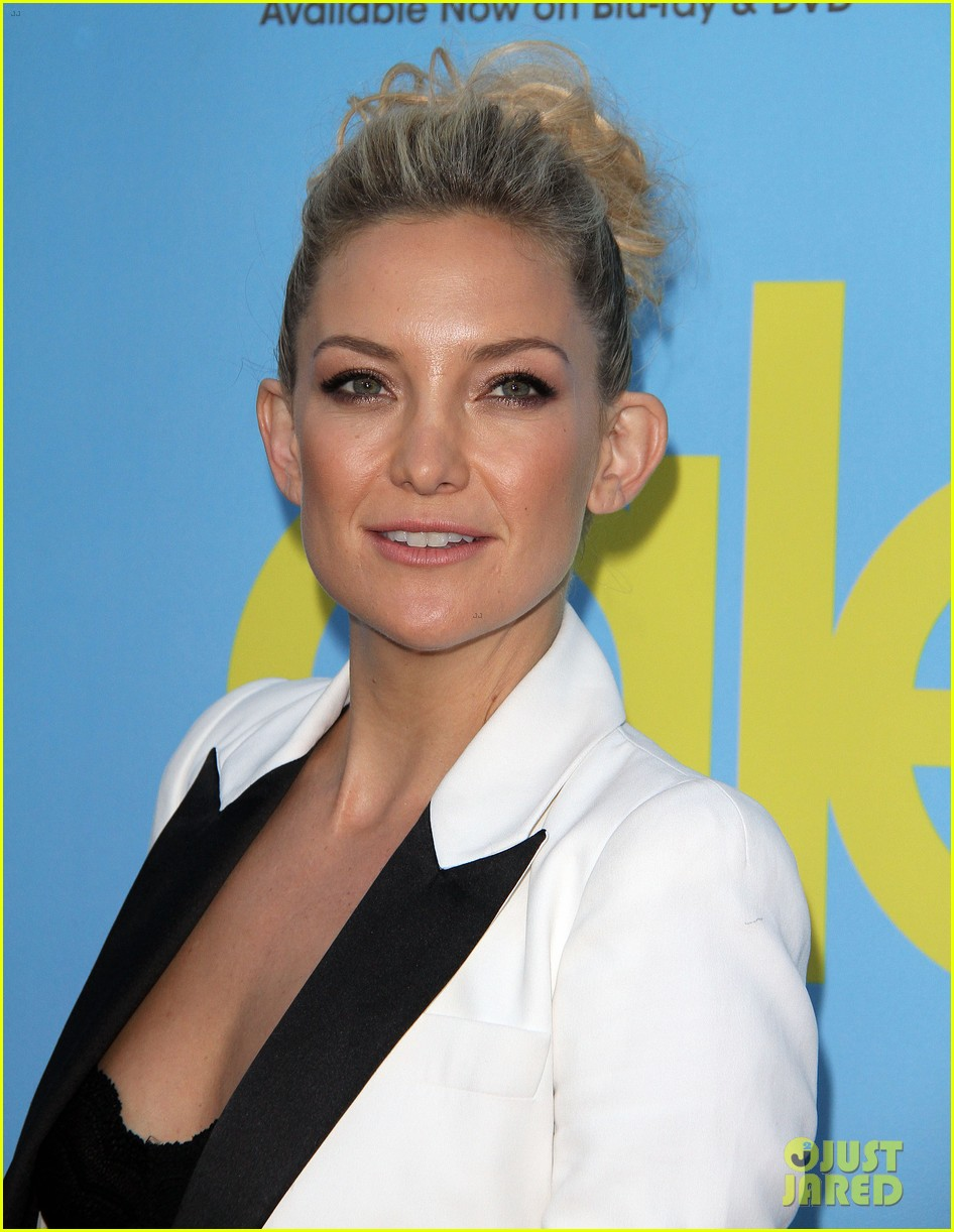 lea michele kate hudson glee season 4 premiere 29