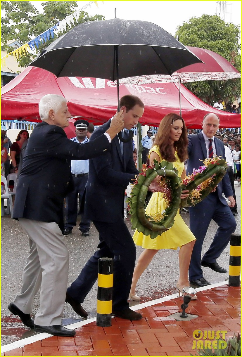 prince william duchess kate tavanipupu island visit 132723487