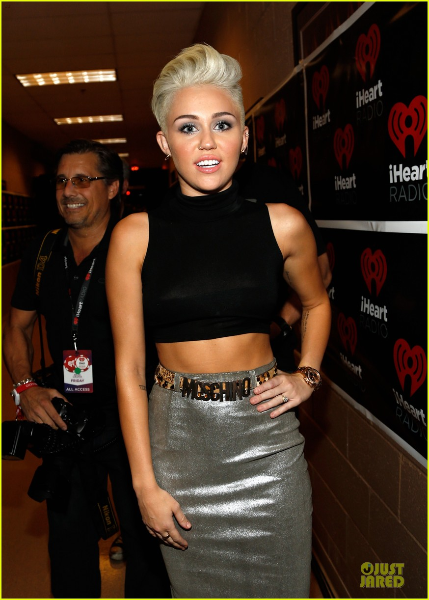 miley cyrus bon jovi rock iheartradio duo 092726055