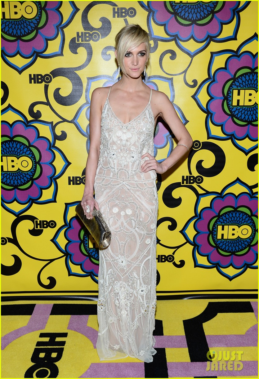 olivia munn ashlee simpson hbo emmys after party 032727549