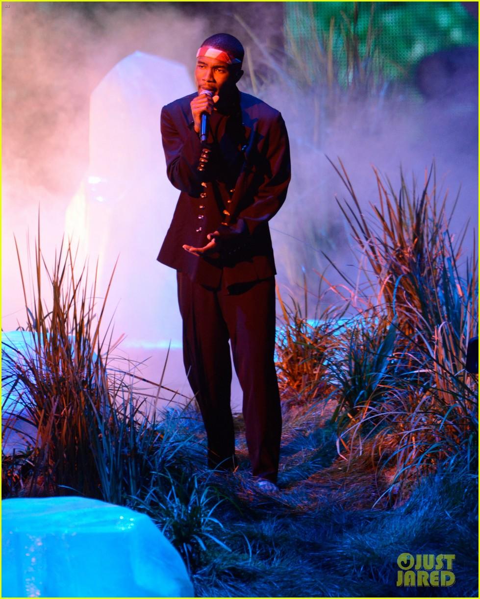 frank oceans mtv vmas performance 2012 watch now 04