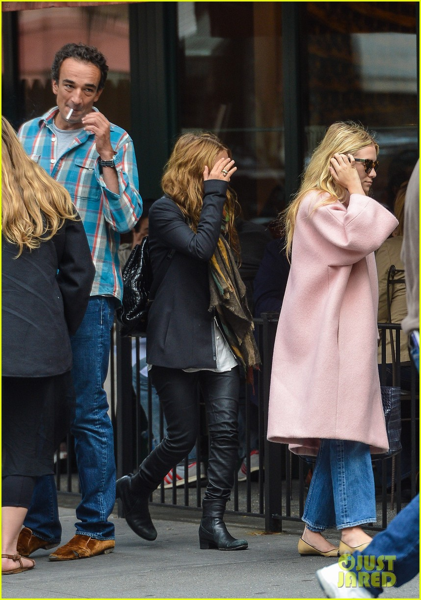 ashley mary kate olsen lunch with oliver sarkozy 01