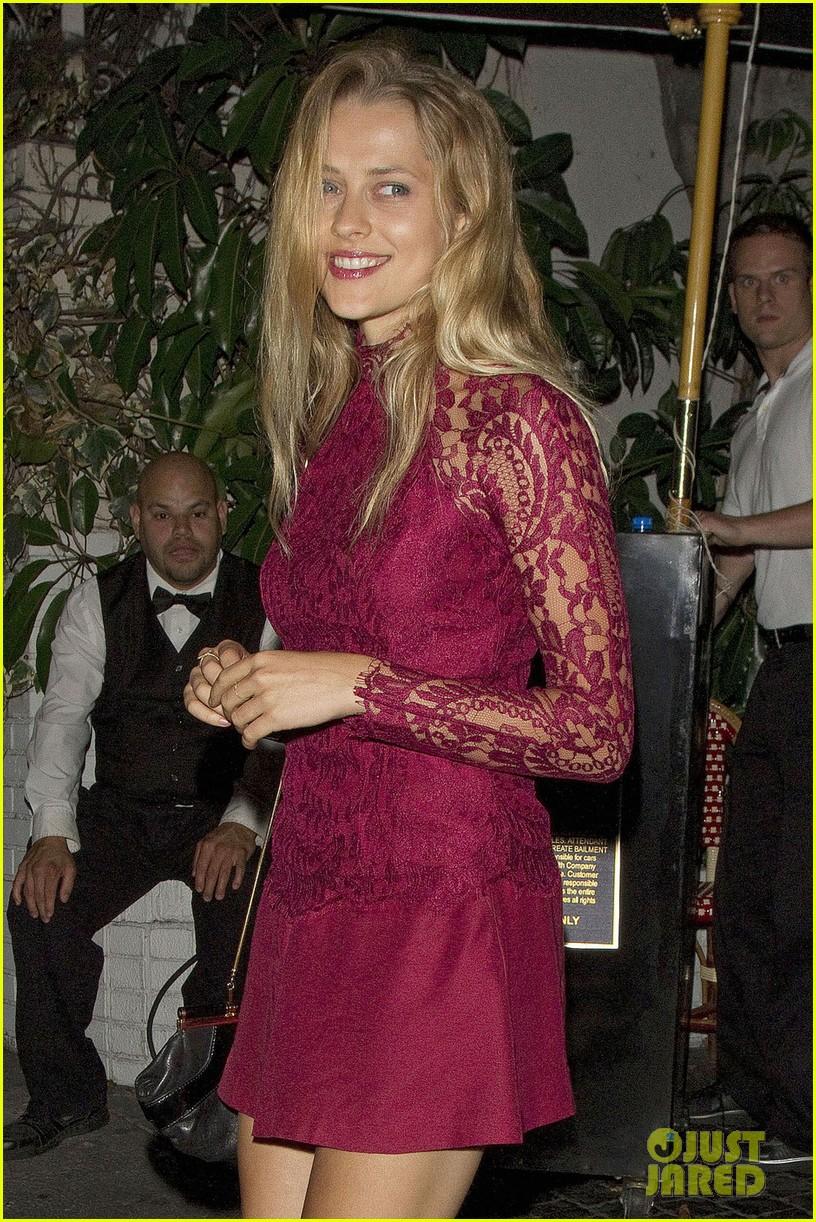 palmer lace dress 02
