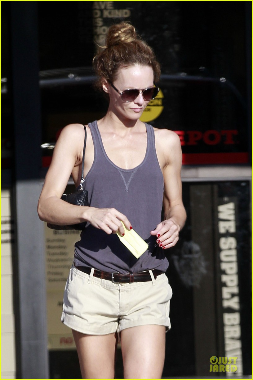 vanessa paradis office depot shopping dad 04