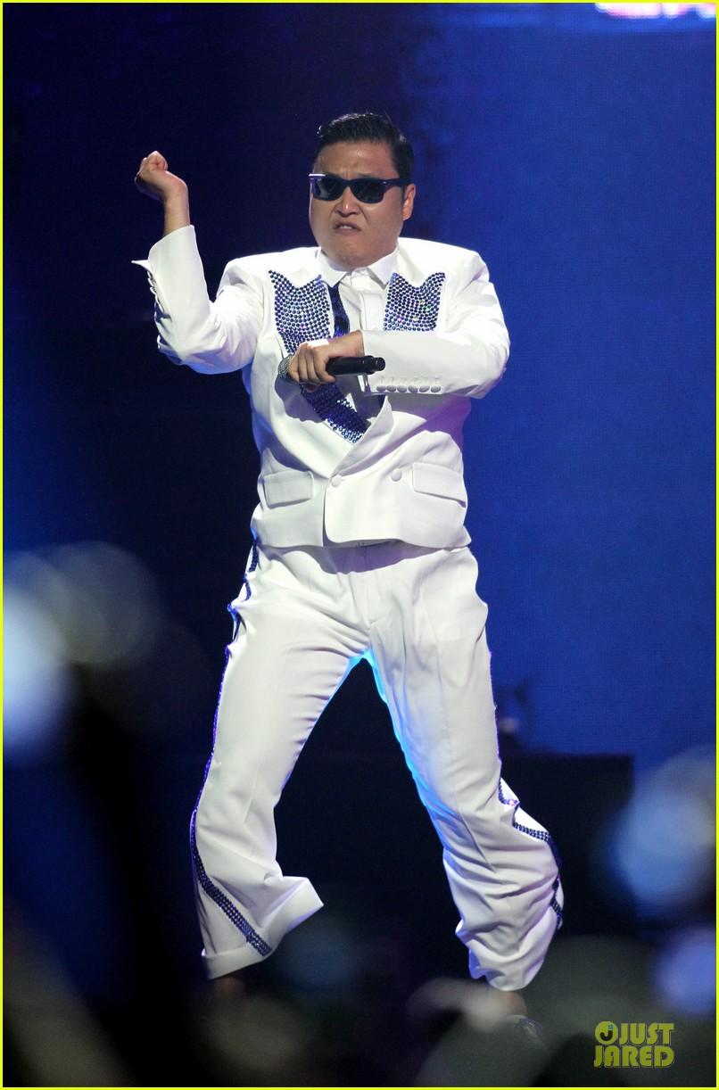 psy usher gangnam style dance iheartradio 01