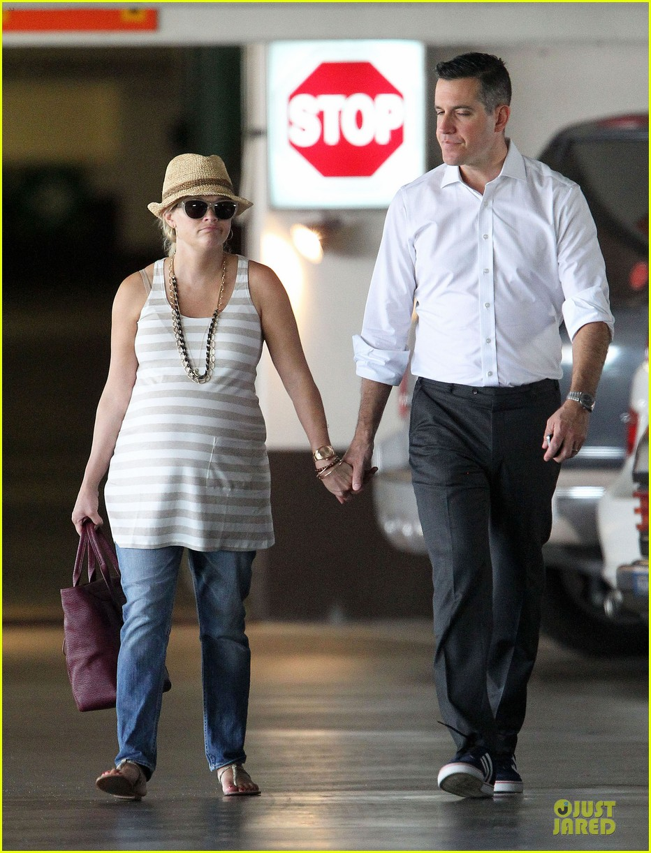 reese witherspoon hospital checkup with jim toth 132725808