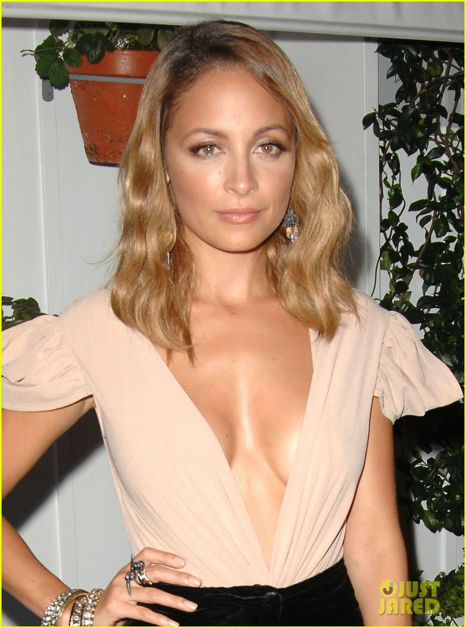 nicole richie dujour magazine cover party 02