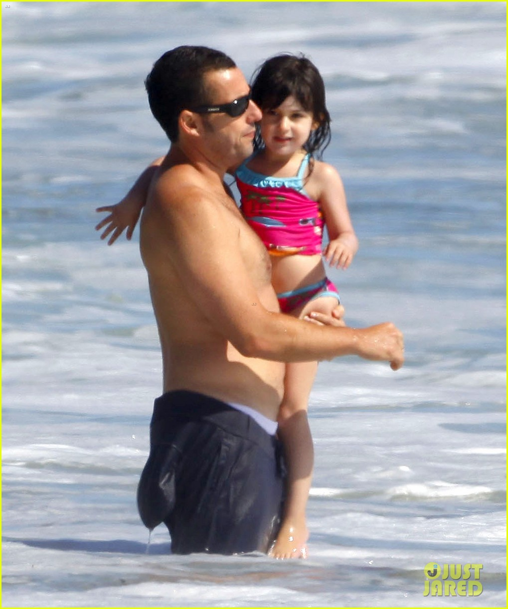 adam sandler shirtless beach time with sadie sunny 08