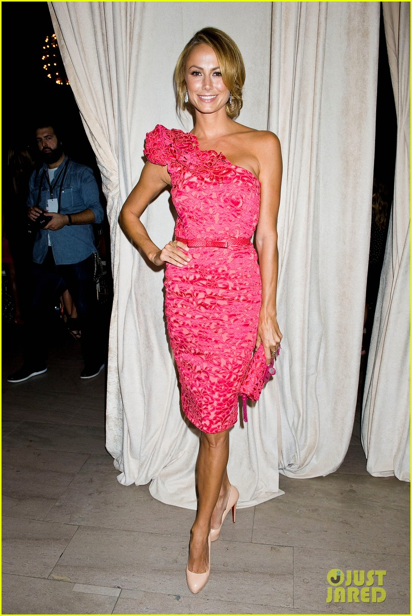 bar refaeli stacy keibler marchesa show at nyfw 23