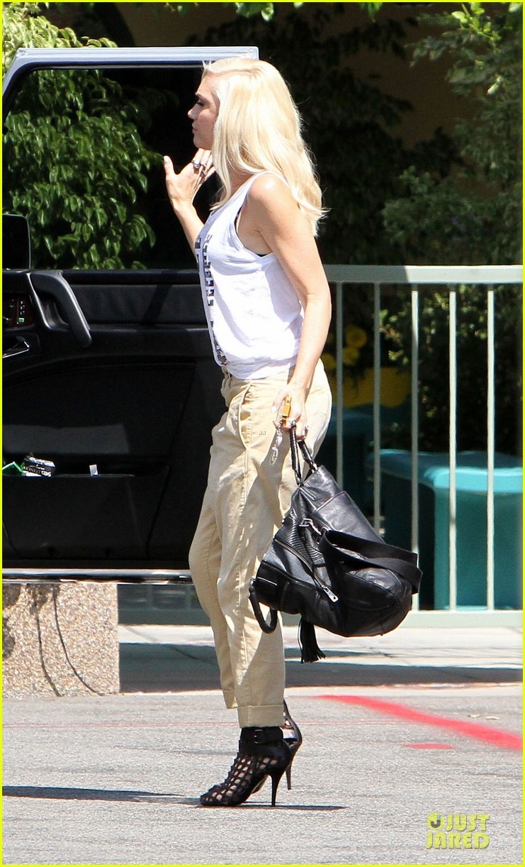 gwen stefani im not that kind of girl 11