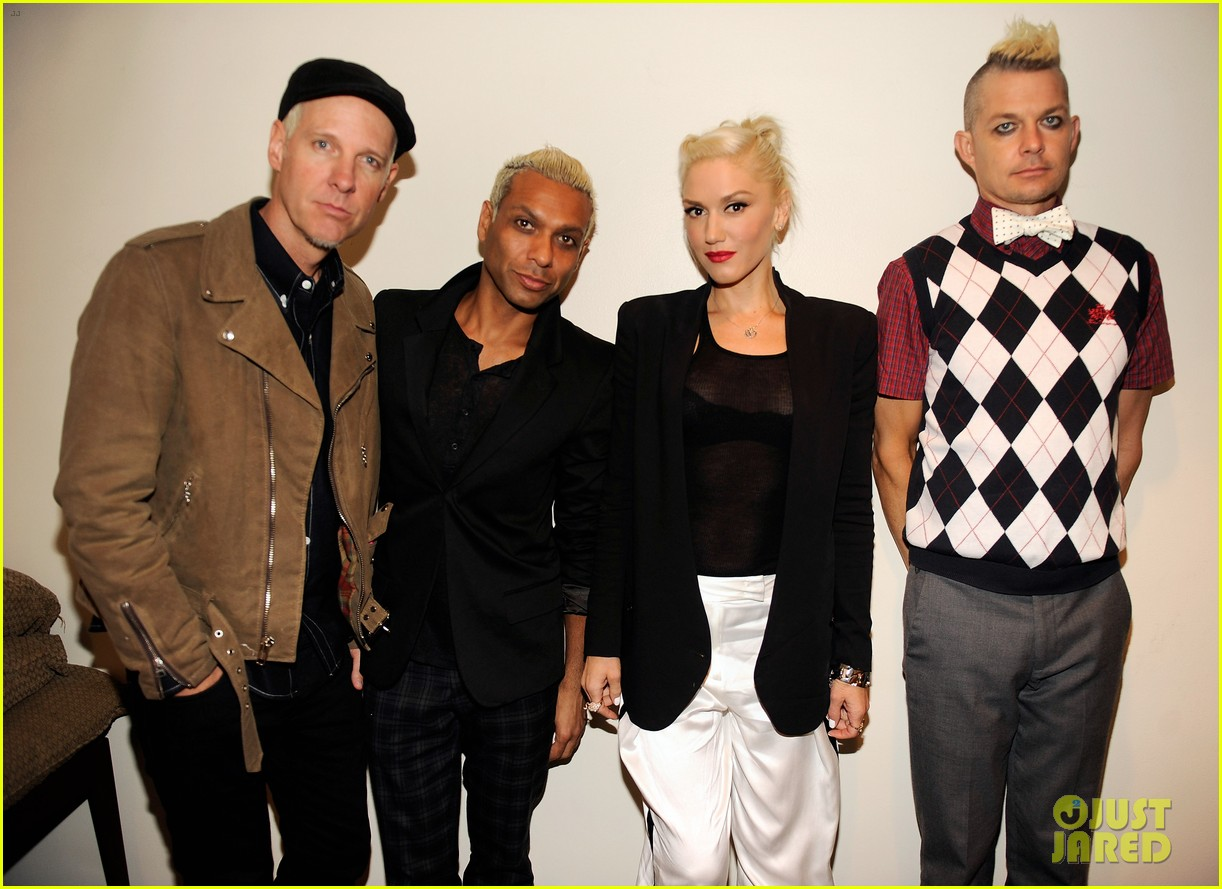 gwen stefani no doubt perform at nfl kick off concert 06