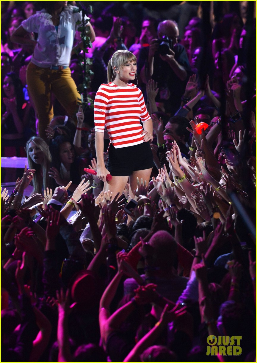 taylor swift mtv vmas performance 2012 watch now 052715817