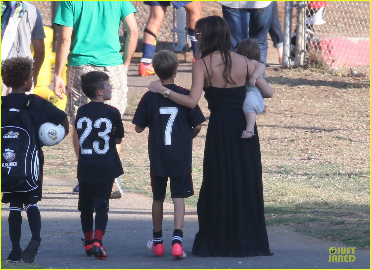victoria beckham sons soccer game 052730799