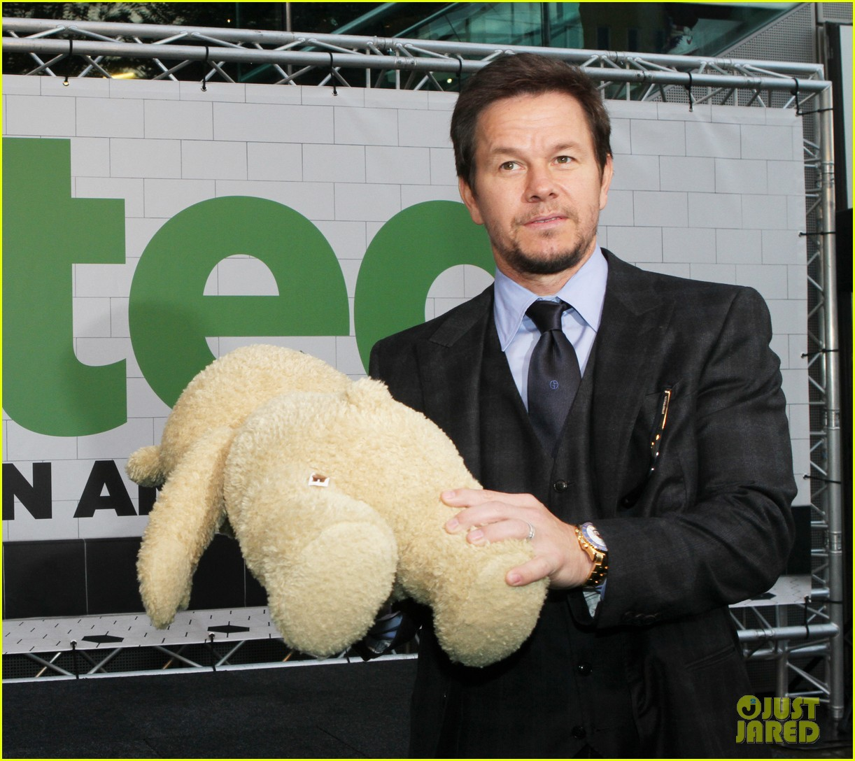 mark wahlberg ted premiere in holland 182720437