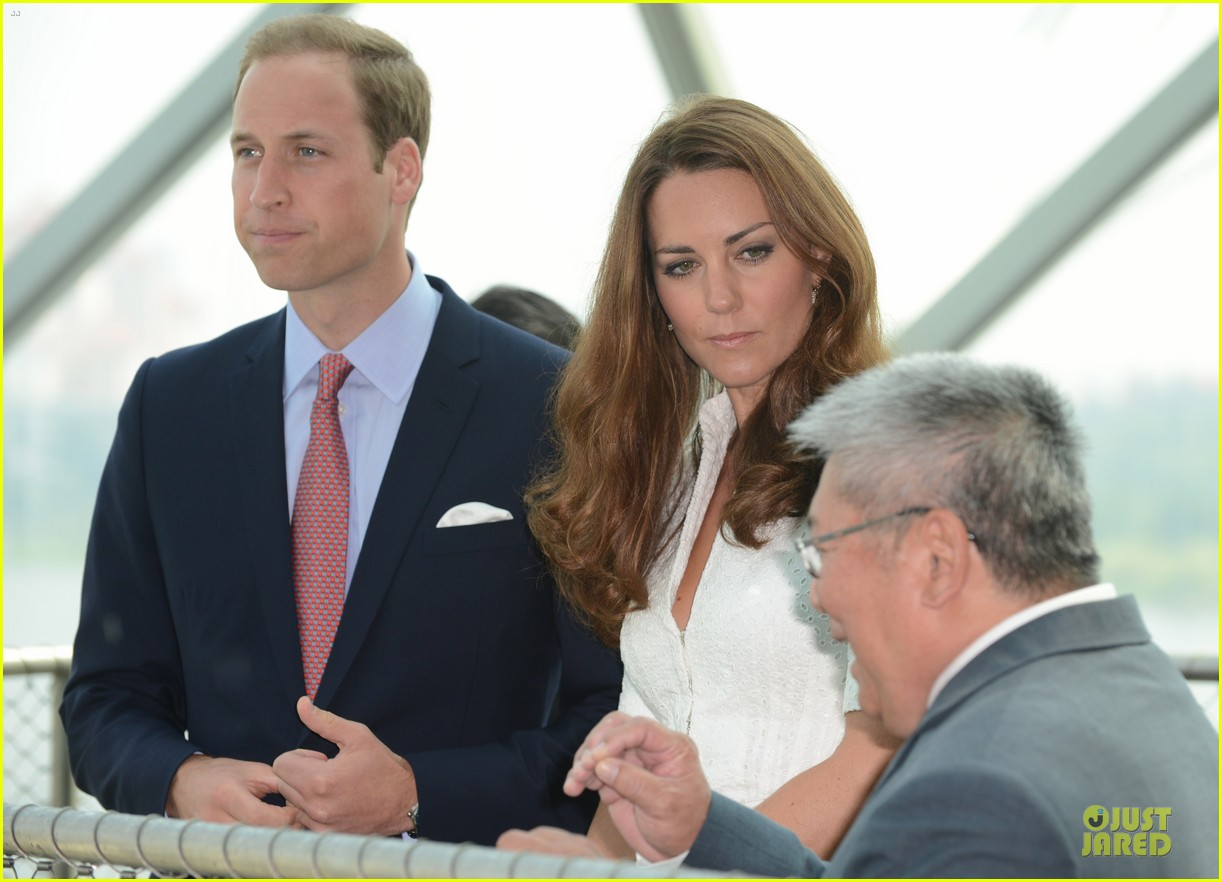 prince william duchess kate visit garden by the bay 23