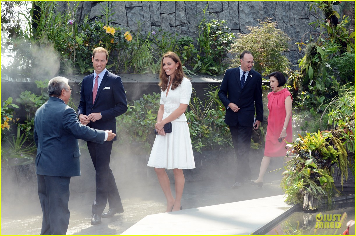 prince william duchess kate visit garden by the bay 262720037