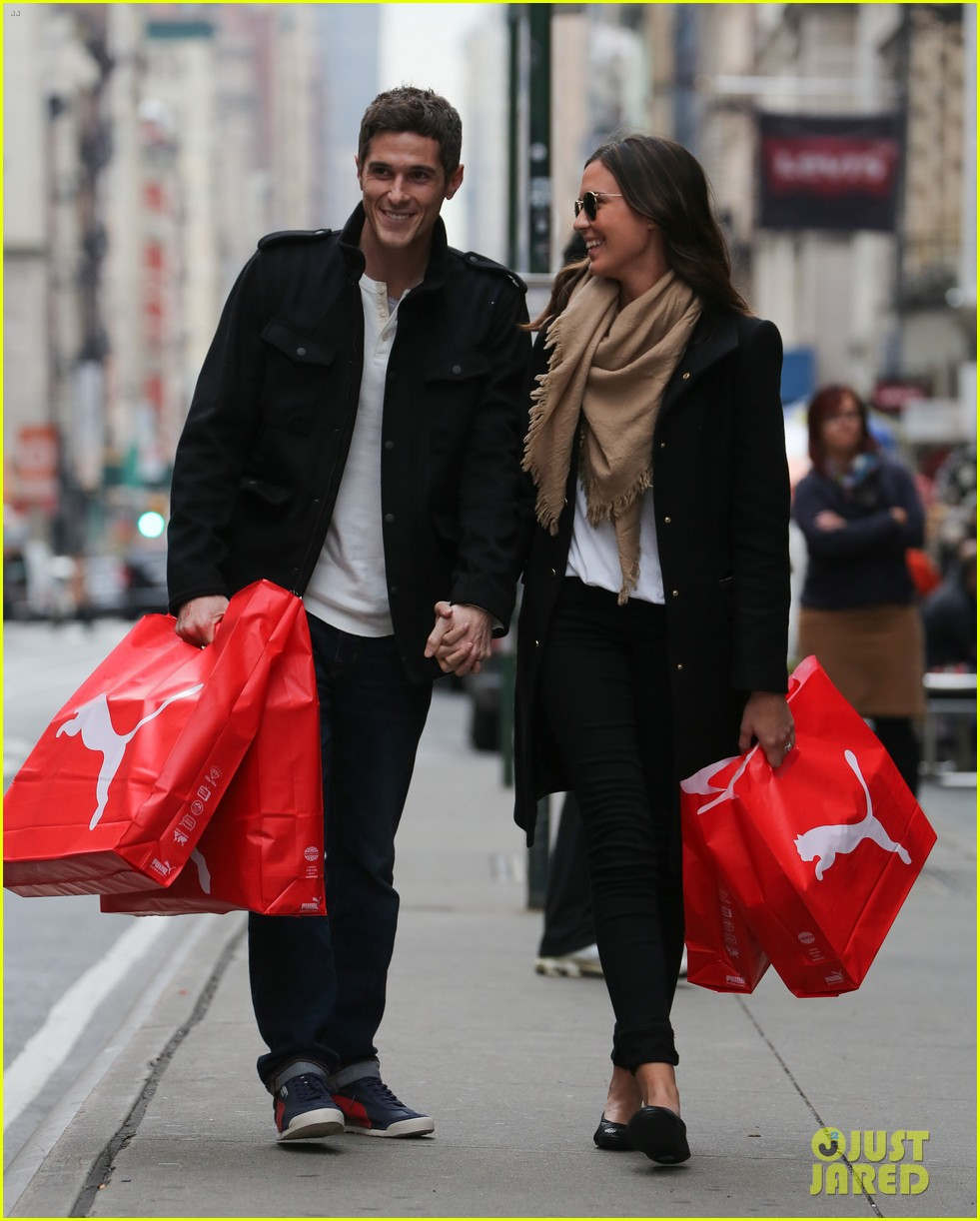dave annable odette soho shopping spree 02
