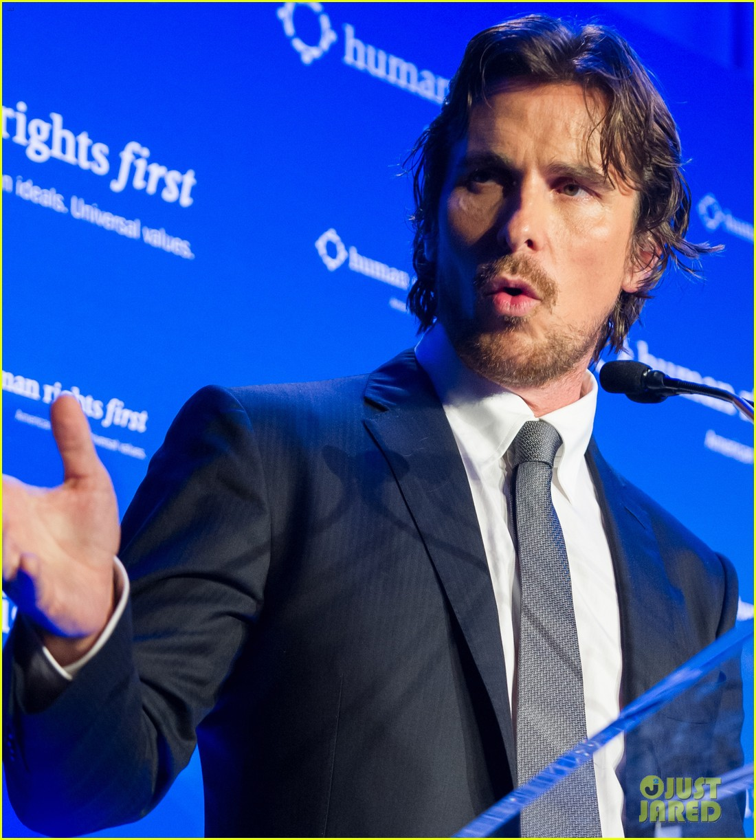 christian bale human rights award dinner 05