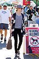 elizabeth banks walk of shame star 03
