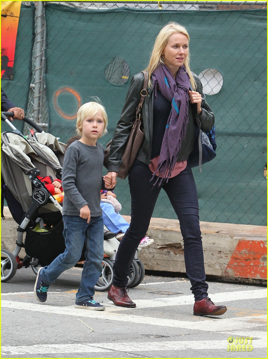 naomi watts i didnt know what to say to maria belon 04