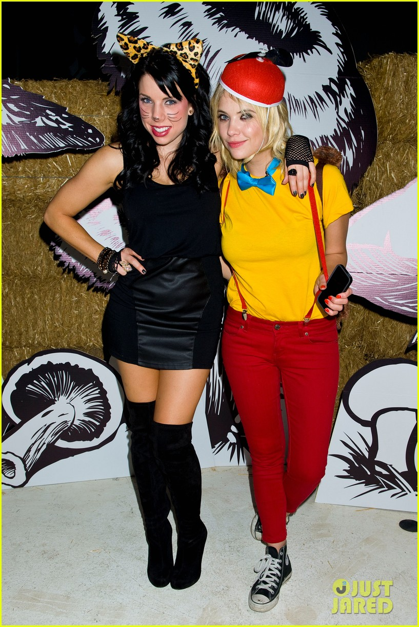 ashley benson chord overstreet just jared halloween party 37