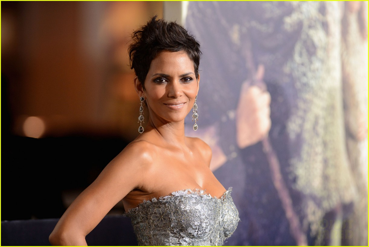 halle berry cloud atlas premiere with olivier martinez 042744396