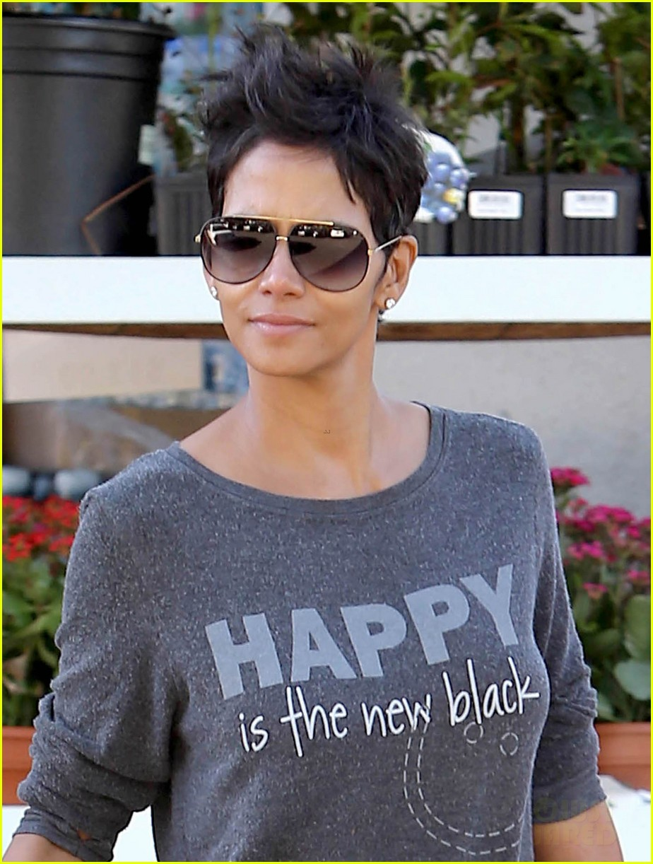 halle berry happy is the new black 04