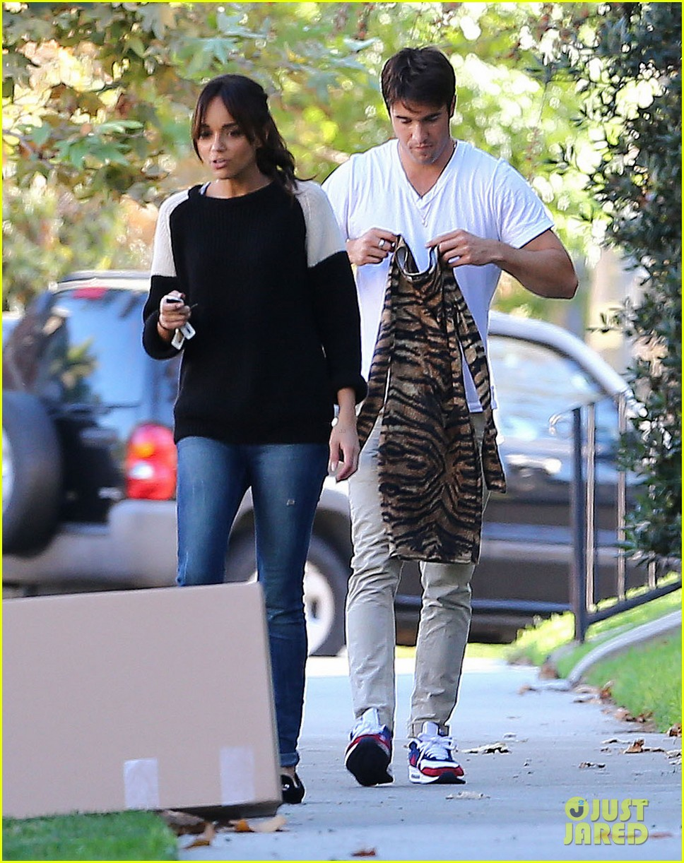 joshua bowman ashley madekwe furniture shopping 01