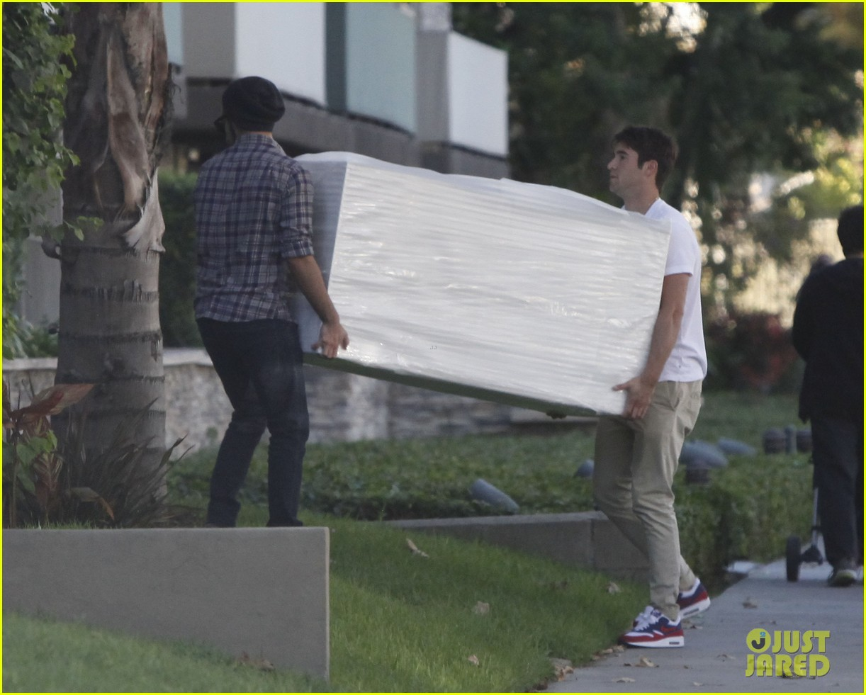joshua bowman ashley madekwe furniture shopping 10
