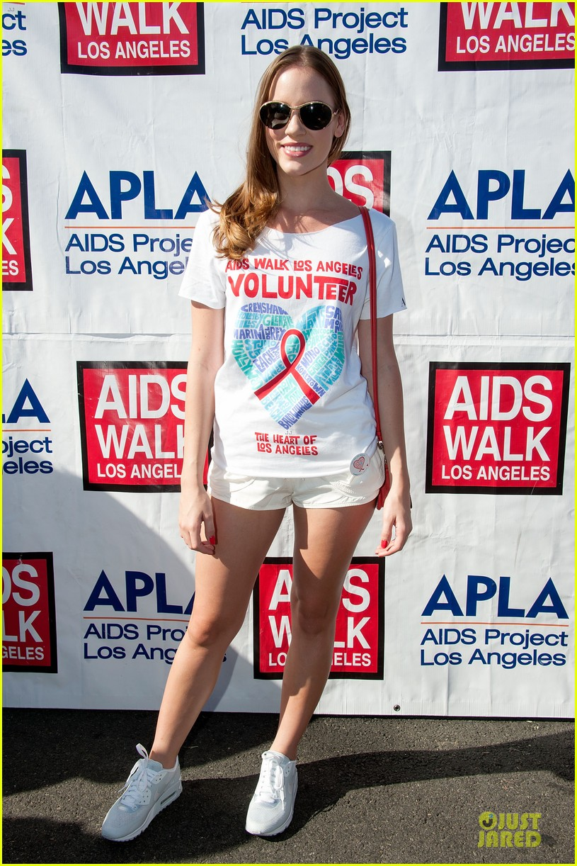 sophia bush christa b allen aids walk 032738174