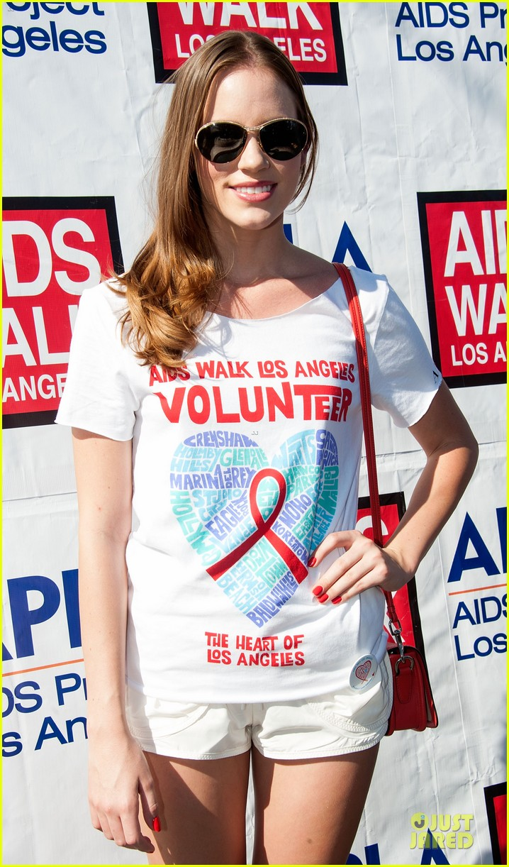 sophia bush christa b allen aids walk 18
