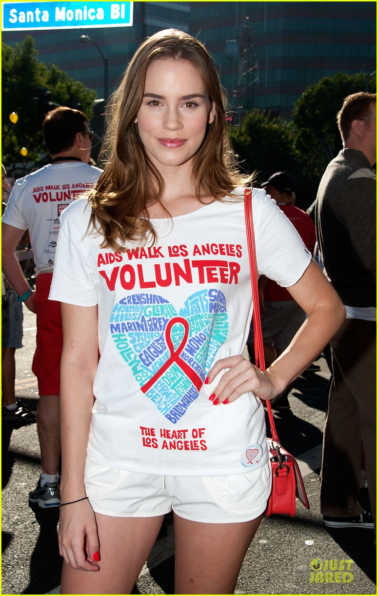 sophia bush christa b allen aids walk 24