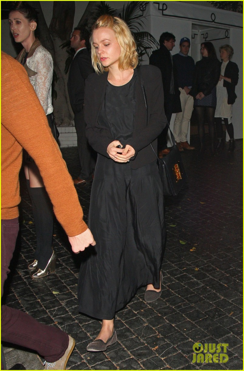 carey mulligan chateau marmont night out 01