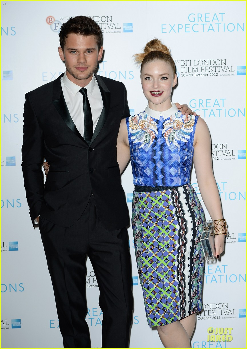 helena bonham carter jeremy irvine great expectations 152742148